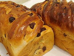 ピエモンテ浦安猫実のぶどうパン