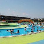 浦安市営「東野プール」流れるプールと幼児プールで家族そろって楽しめます